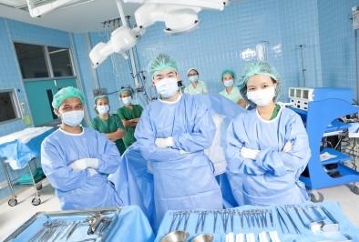 НЗОК сключи договор с 11 нови лечебни  заведения. Още 3  очакват разрешение  за дейност