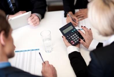 НЗОК реимбурсира лекарствените продукти, включени в позитивния лекарствен списък, но не определя техния състав и ниво на заплащане