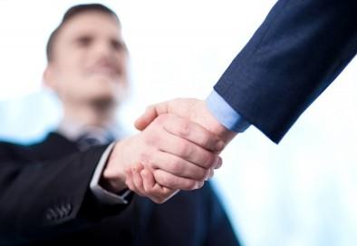 За договорните партньори
