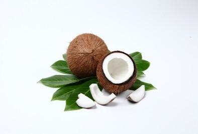 Кокосовото масло помага при косопад