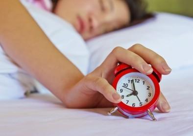Учени обясняват защо не трябва да  се спи повече от 8 часа