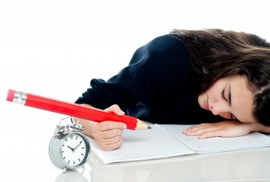 Какво ни кара да се чувстваме вечно уморени
