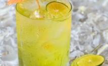 Защо лимонената вода е толкова полезна