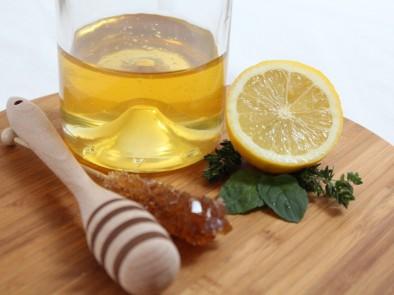 Ако искате да сте здрави, пийте медена вода… точно така медена вода!!!