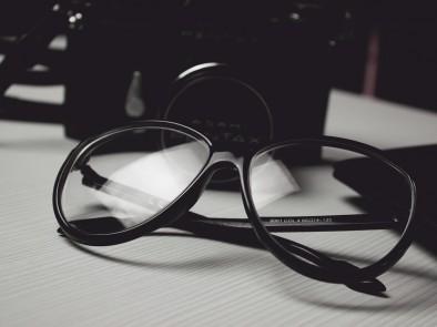 Очилата с диоптри, продавани на улицата, сериозно увреждат зрението