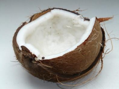 Кокосова вода – източник на здраве и младост