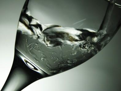 С какво е полезна алкалната вода за здравето ни