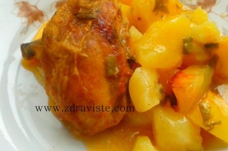 Пиле с картофи