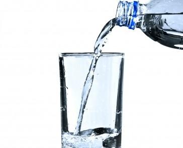Защо е полезно да пием вода, сутрин на гладно