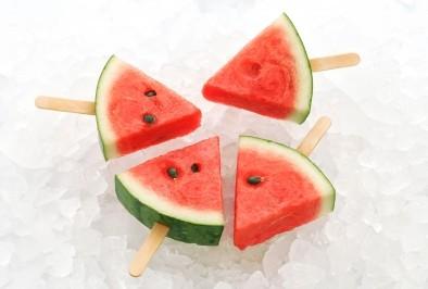 Храни, които ще утолят жаждата през лятото