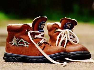 Как да премахнем неприятната миризма от обувките ни
