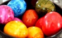 Как да си направим натурална (без консерванти) боя за яйца за великден