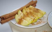 Вода с канела и ябълки за изчистване на тялото от токсините
