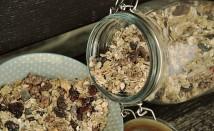 Чай от овесени ядки за премахване на подуването на корема